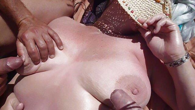 Una mujer mayor significa diversión (parte 167) porno hentai audio español