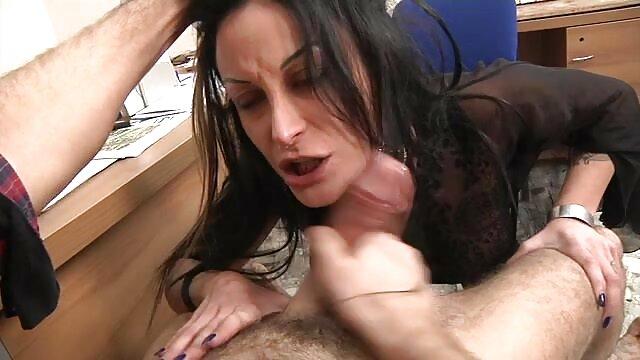Oma duscht und masturbiert videos porno hentai subtitulado español