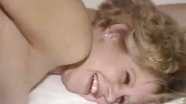 IPAZIA destellando hentai porno audio español por el río