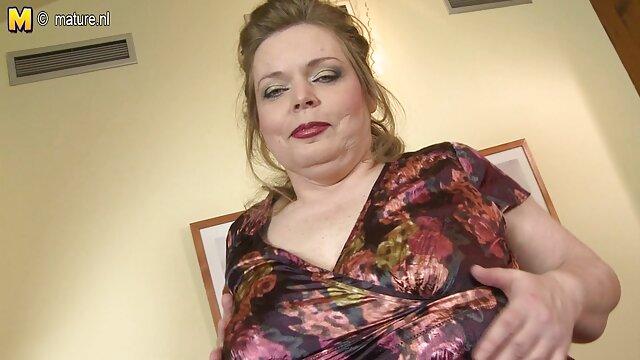 Sue Palmer recibe anime porno capitulos una batida en el coño