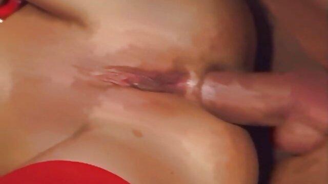 Gilda roberts sexo hentai en español xi