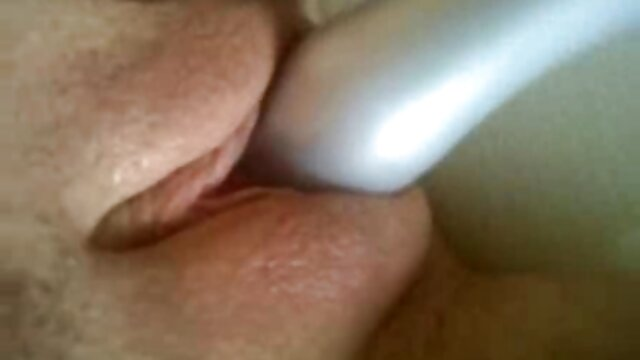 Puta milf peluda sucia recibe semen en la manga hentai en español boca