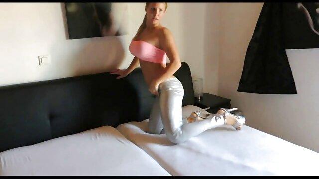 Amateur ébano lesbianas lamiendo el otro COÑO naruto hentai español color