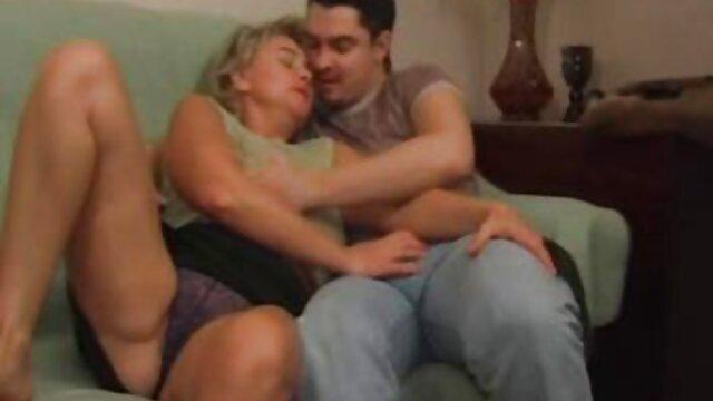 VRHUSH Ryan Keely seduce ver manga hentay al agente de la TSA