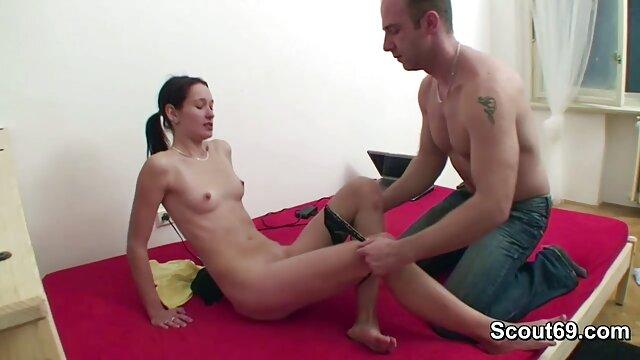 Tuk Tuk Patrol - Tailandesa recibe un facial de porno entai español BWC