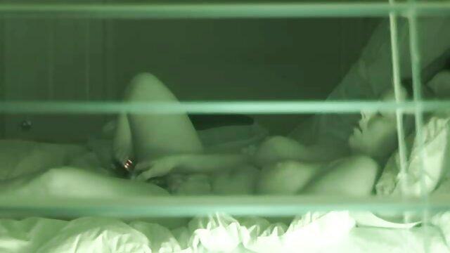 Zac Wild - Chocha en hentai con subtitulos en español un corte de energía - BABES
