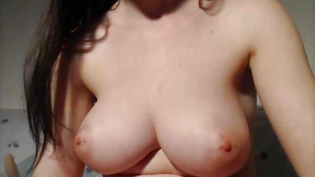Pelirroja videos hentay audio latino linda juega con bad dragon