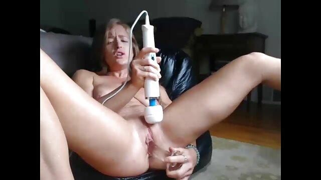 NMLN compartiendo la virginidad de su novio hentai sub español sin censura con ella misma!