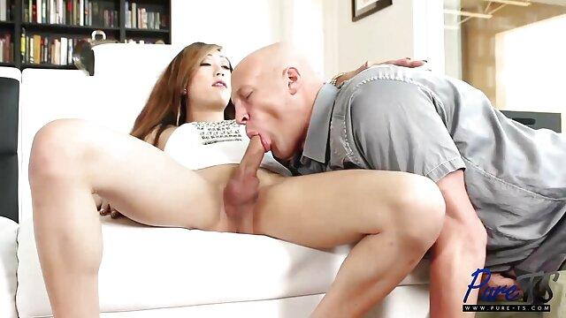 Mindi Mink y Jenna xxx hentai subtitulado en español J Foxx se divierten en la cama