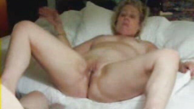 Mi novia sexy ama el hentay subtitulado anal